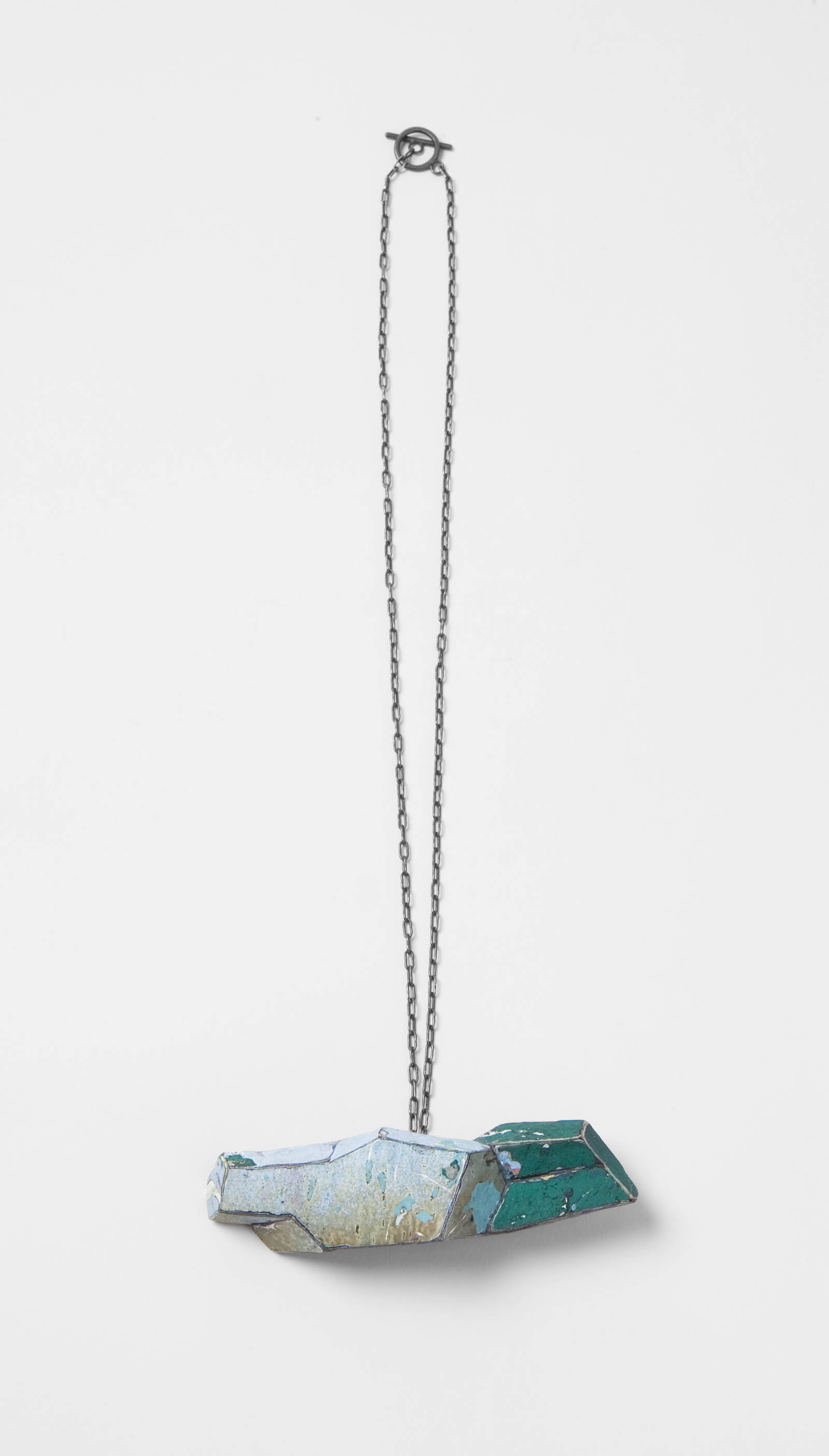 """Unfolded Blue"" I Necklace, 2013 I Graffiti, silver I Photo: Mirei Takeuchi"