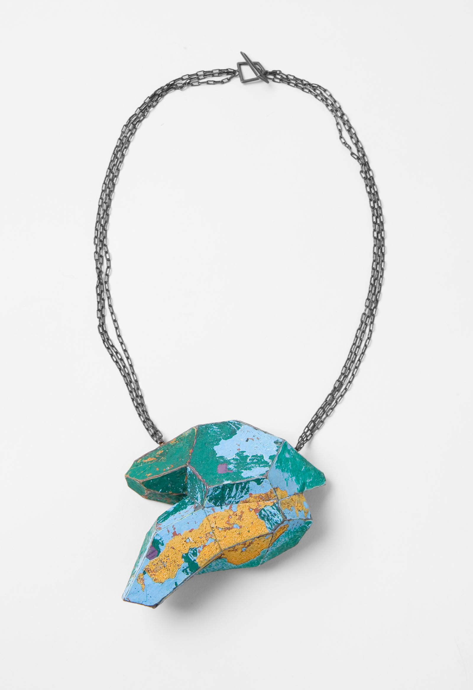 """Orange Islands"" I Necklace, 2013 I Graffiti, silver I Photo: Mirei Takeuchi"