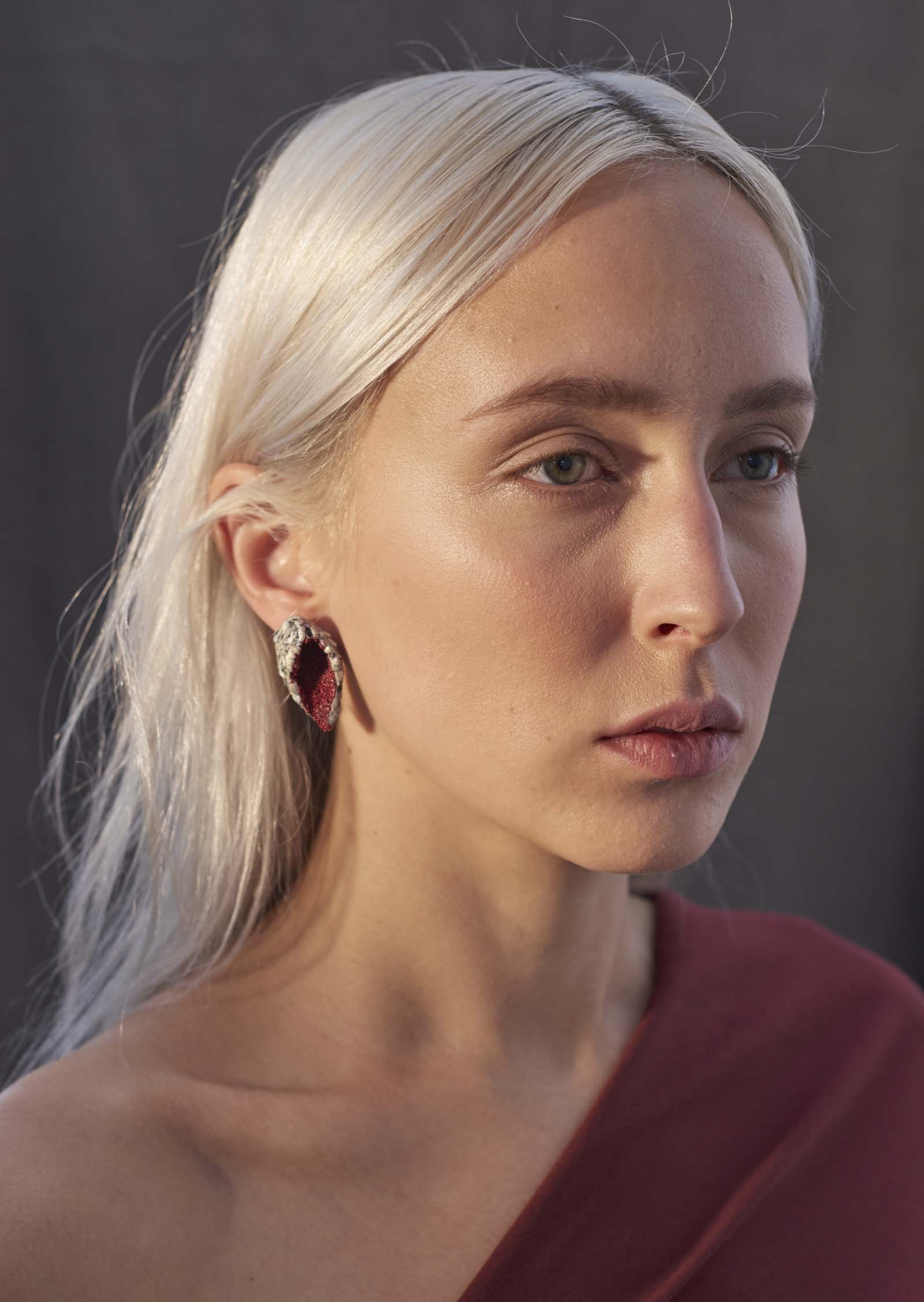 """Wing Shaped Karma Chroma Earrings"" I Earrings, 2016 I Graffiti, almond shells, glass, silver  I Photo: Laurens Grigoleit"