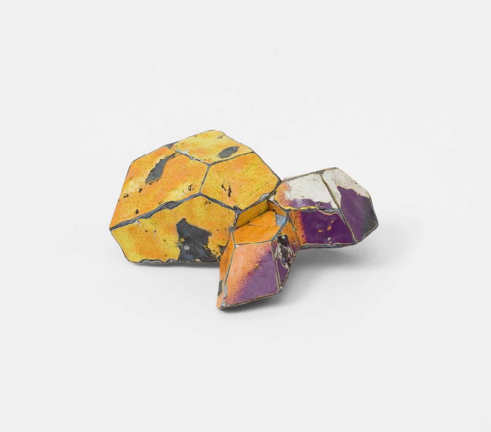 """Fiery Orange"" I Brooch, 2012 I Graffiti, silver, stainless steel I Photo: Mirei Takeuchi"