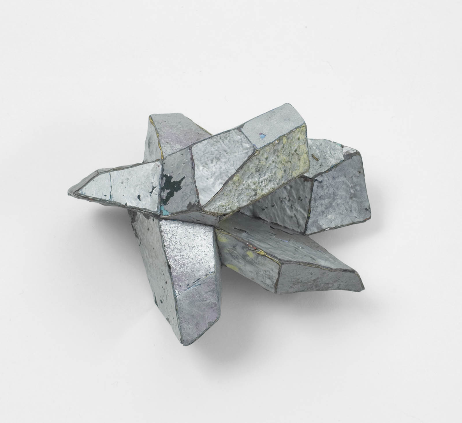 """Silver"" I Brooch, 2011 I Graffiti, silver, stainless steel I Photo: Mirei Takeuchi"