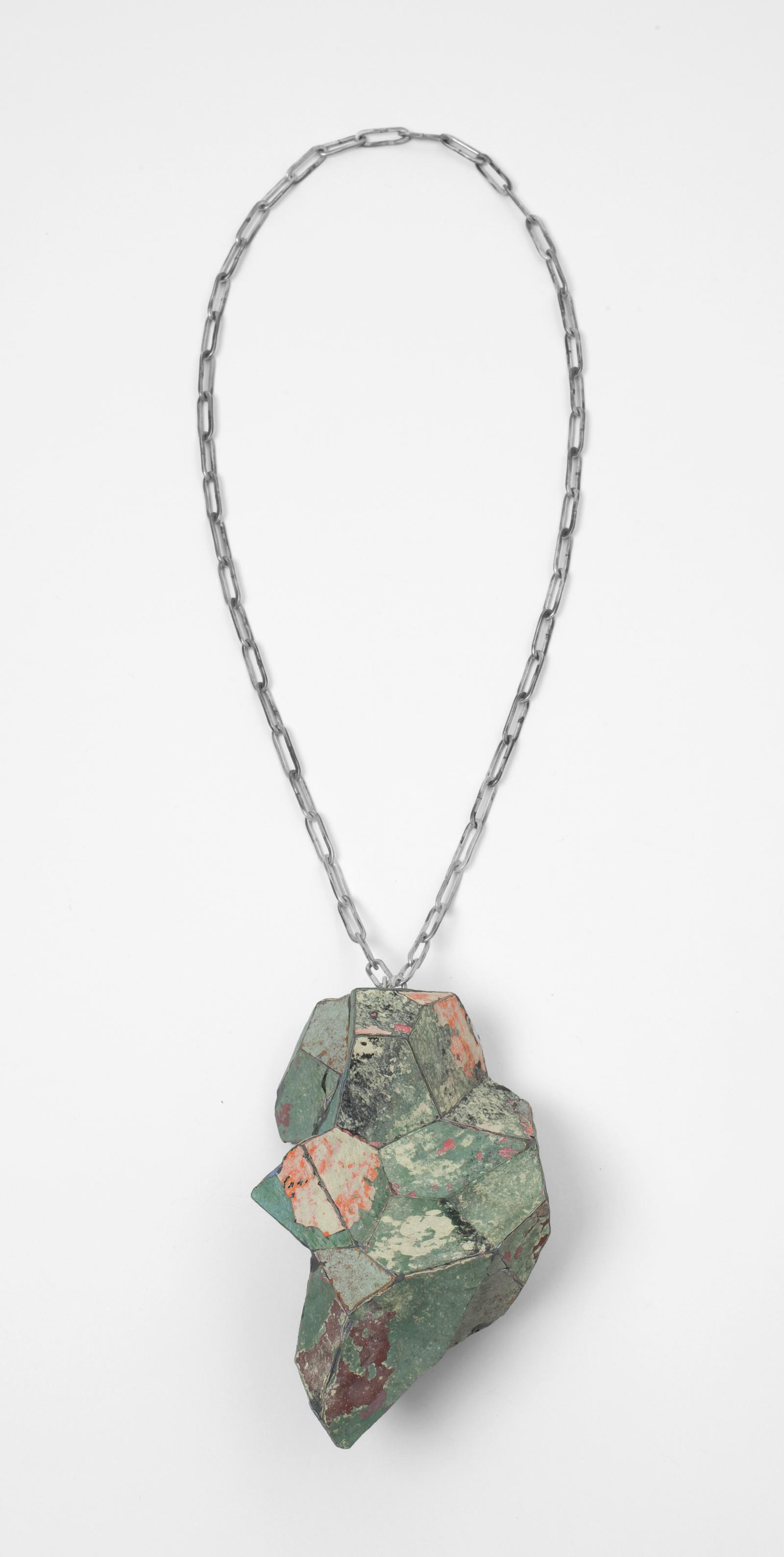 """Stained Green"" I Necklace, 2012 I Graffiti, silver I Photo: Mirei Takeuchi"